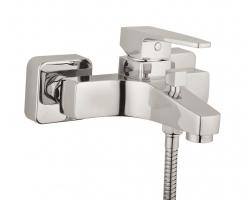 Смеситель для ванны Vitra Q-Line A40778EXP (хром глянец)